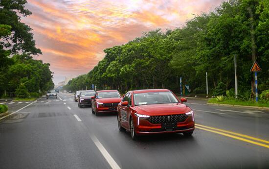 合资家轿的重磅对手到了!全新第三代奔腾B70即将开启预售