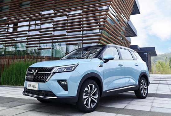 五菱银标战略级SUV星辰将于9月16日正式上市